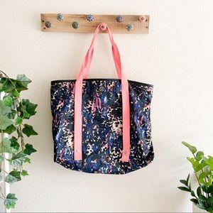 Lululemon   Summer Lovin' Floral Gym Tote